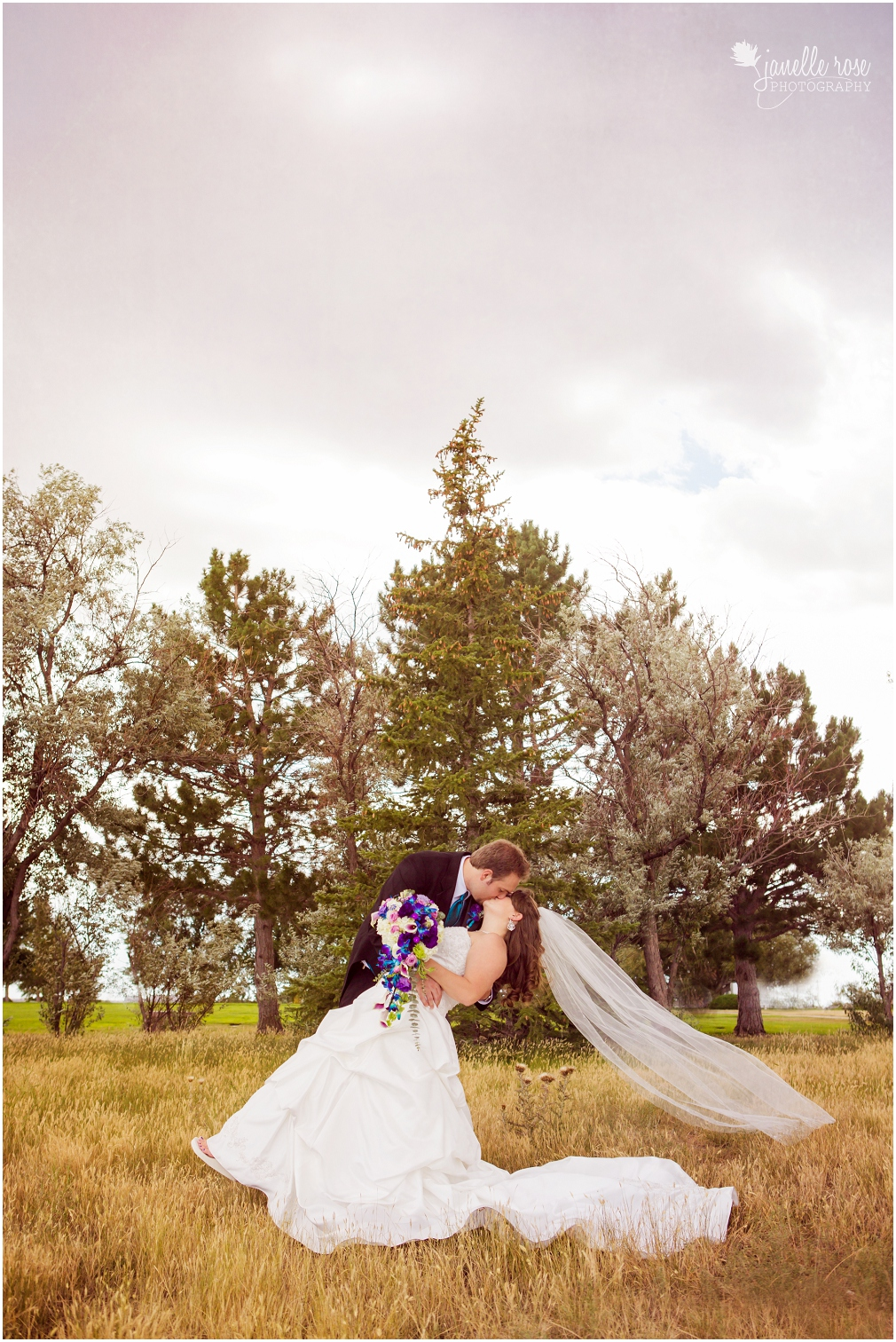 Kaleigh Amp Brady Cheyenne Wyoming Wedding Photographer